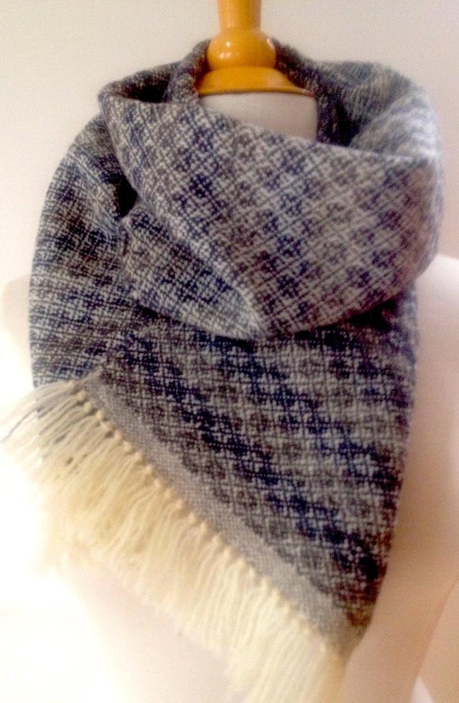 sjaal bl grijs om