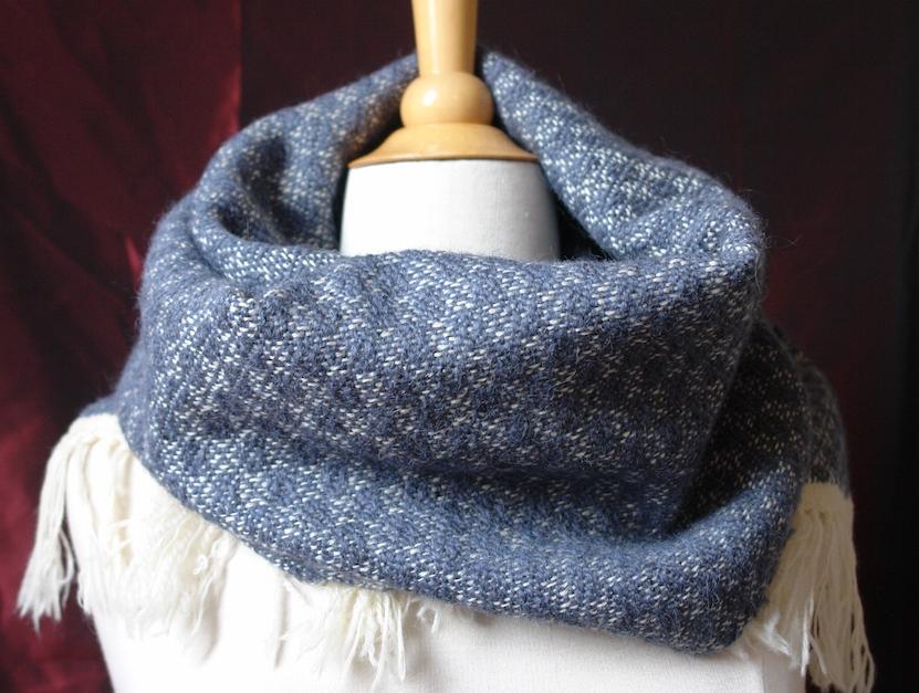 sjaal Lett. wit blue
