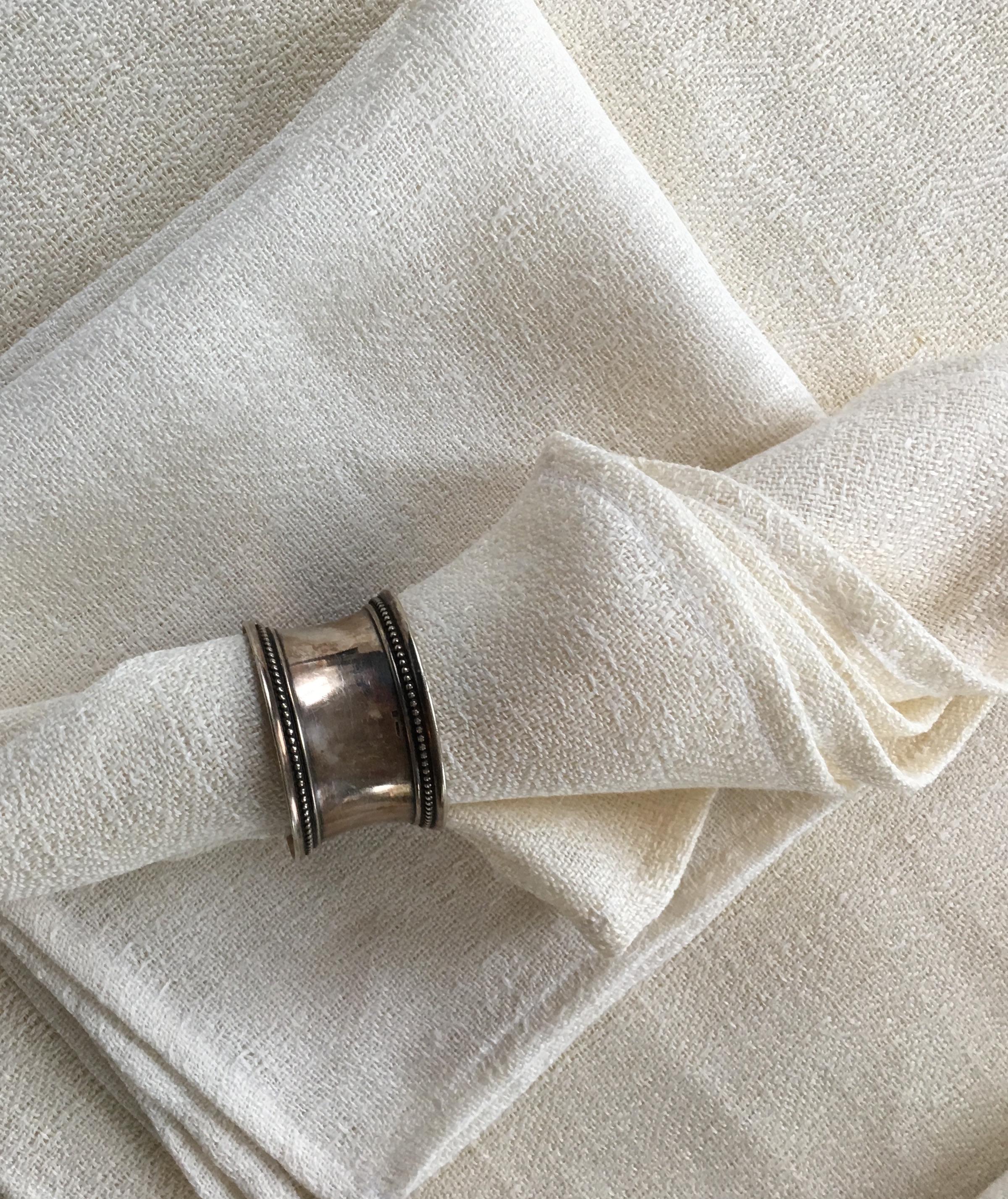 servetten met zilveren ring