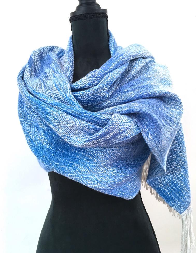 zijde shawl handgeverfd , handgeweven