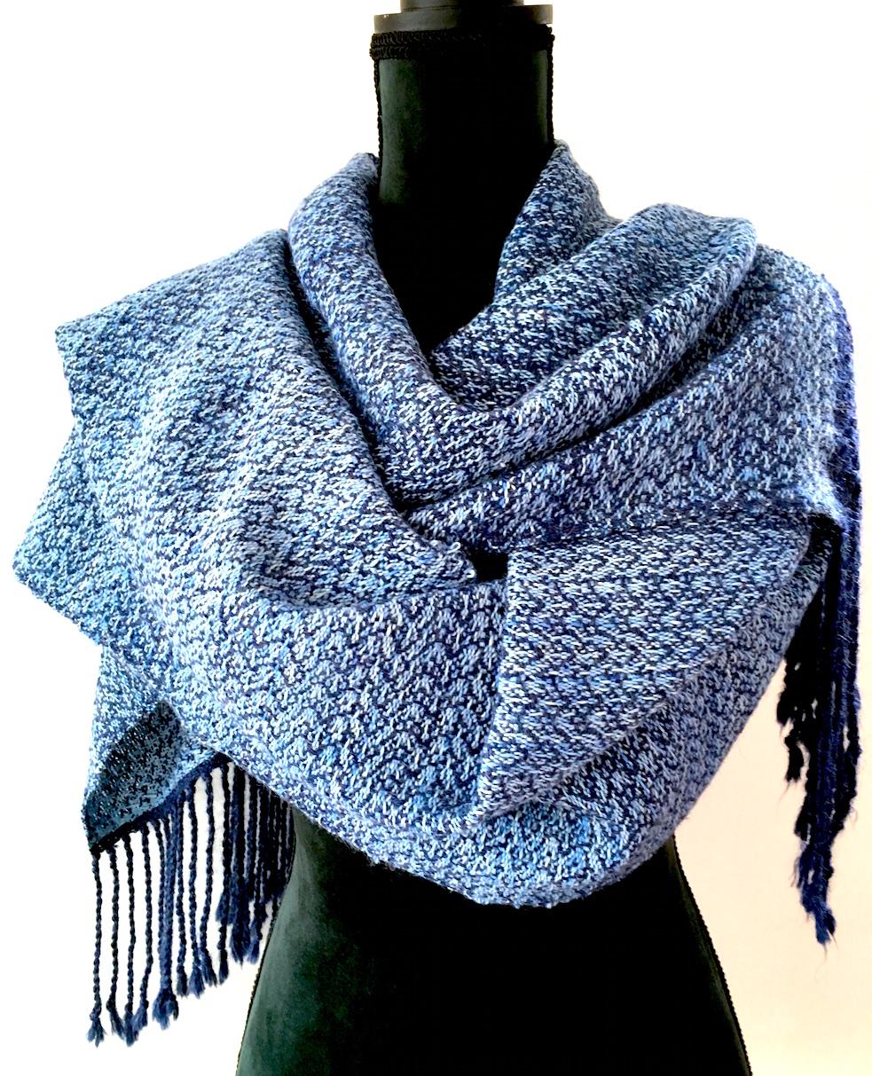 Blauw alpaca shawl